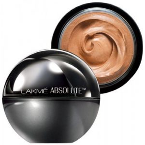 Lakme Absolute Matte skin natural mousse in Beige Honey
